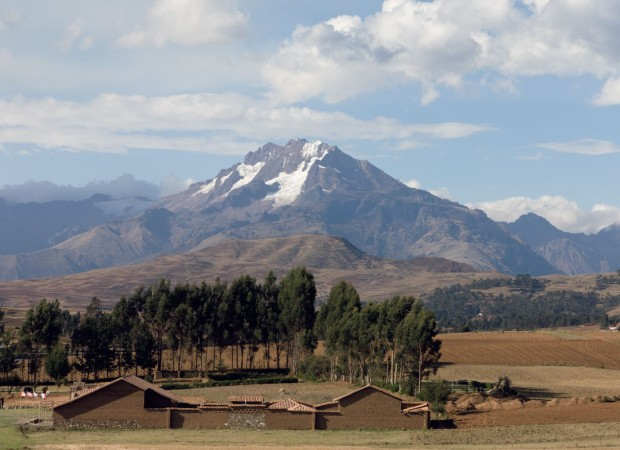 Veronica Peak, Chinchero Peru