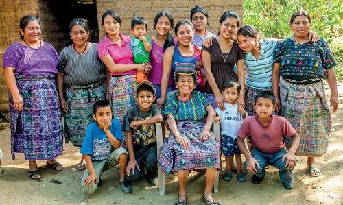 Catarina Siana Tradidtional Weavers of Guatemala
